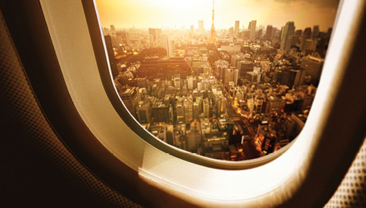 What today's airlines need to lead tomorrow's market > airplane window > Dassault Systèmes®