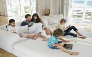 The ROI of Hyper-Personalization > Family Using Technology  > Dassault Systèmes®